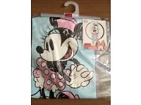 Girls Minnie Mouse pjs (collection only)