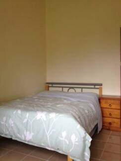 F/Furnished comfy double room AC no bill high speed NBN WiFi FIFO