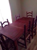 SOLID MAPLE DINING TABLE AND CHAIRS w/ WICKER SEATS