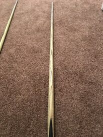 John parris superior cue £300 or best offer