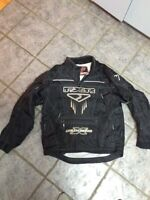 LG FXR light Pullover jacket