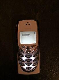 Rare Nokia 8310 on Vodafone