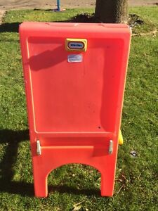 Little tikes Double Easel Kitchener / Waterloo Kitchener Area image 4