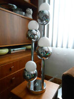 Vintage Mid Century Modern CHROME 4 TIERED TABLE LAMP