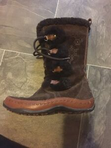 Women's North Face Boots Size 8 London Ontario image 1
