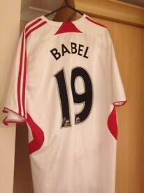 Ryan Babel Liverpool away shirt