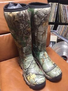 Winter hunting boots