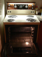 Kenmore Range with self cleaning Oven.