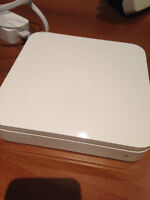 AirPort Extreme Base Station (802.11n Wi-Fi)