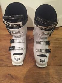 Salmon x3-60t ski boots size 6