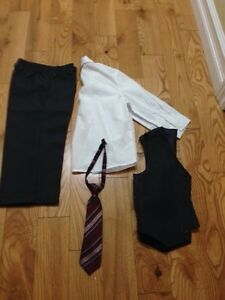 Toddler (18-24 months) 4 piece suit  London Ontario image 2