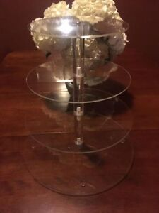 Tiered Acrylic Cake/Cupcake Stand