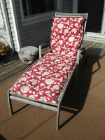 Modern style lawnchair for sale