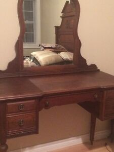 3 piece antique dresser set