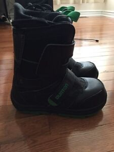 Youth Snowboard Boots Size 3
