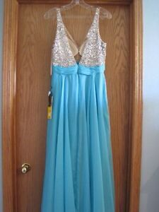 Brand New With Tags Grad/Prom/Formal Dress size 8 Strathcona County Edmonton Area image 6