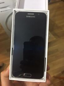 Almost new !!! Samsung S6 available now