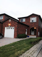 Whole house with finished basement for rent-Hwy7/Kipling-Vaughan