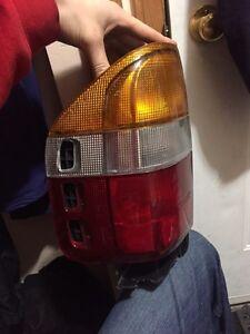 98 - 00 Left taillight  for Isuzu rodeo / Honda passport  Regina Regina Area image 2