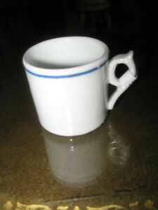 "A WEE OLD MINIATURE  PORCELAIN ""SIPPING MUG"""