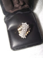 Lady's Size 8.5 Gold & Cluster Design Diamond Ring