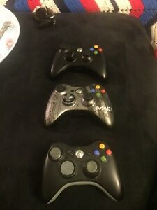 Xbox 360 250gb plus 2 controllers and multiple games!  London Ontario image 1