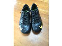 Nike Junior Astro Boots