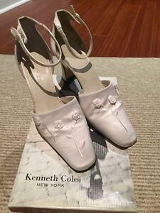 """Kenneth Cole """"Wedlock"""" - size 8"""
