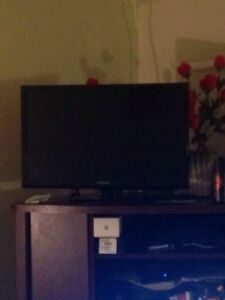 "Moving sell, AC, led tv 24"", LCD tv 32"",  printer, stove, etc  Cambridge Kitchener Area image 2"