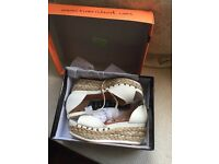 Immaculate Ladies White Wedges UK Size 6