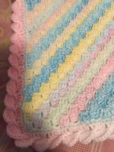 Crochet baby blankets  Cambridge Kitchener Area image 6