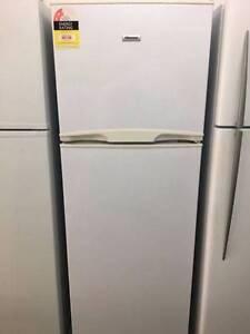 Hisense 340L fridge freezer Wynnum Brisbane South East Preview