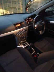 *55 Plate* Black Vauxhall Astra 1.4 Petrol SXI 5 Door 56,000 miles
