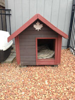 Insulated Dog House for Medium/Large Dog