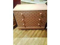 Three drawer chest drawers