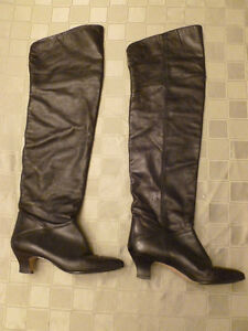 ****FABULOUS BLACK LEATHER OVERTHEKNEES BOOTS-reduced ****