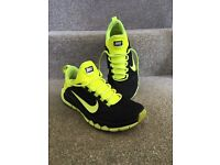 Nike Free run trainers size 9