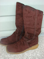 SIZE 7.5 SUEDE BOOTS!!!