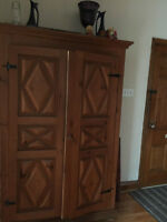Canadiana Diamant Armoire