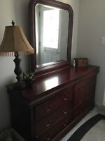 Bedroom set/FREE delivery saturday and sunday only (May23-24)