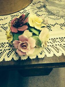 BONE CHINA CLUSTER OF FLOWERS Belleville Belleville Area image 2