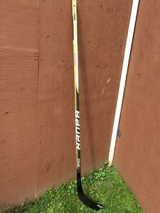 Senior right handed hockey stick lot Kingston Kingston Area image 3