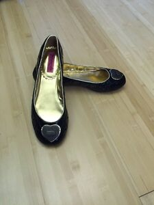Women's shoes  Prince George British Columbia image 1