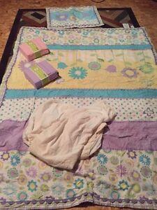Girl twin bedding set