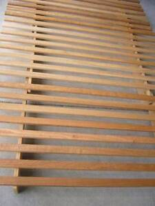 Japanese style queen size futon bed frame Bundoora Banyule Area Preview