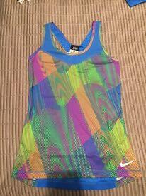 NIKE Ladies Running Outfit (Top + leggings)