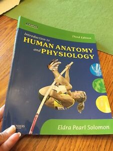 Book entitled Human anatomy and physiology Kingston Kingston Area image 1