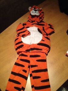 Halloween costume for Baby 18 months and Toodler 2yrs