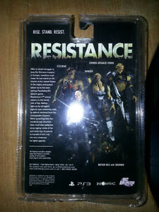RAVAGER FROM RESISTANCE SERIES 1 NEW IN BOX!!! ONLY 15$ London Ontario image 2
