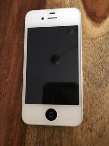 iphone 4s    bell    full equiper